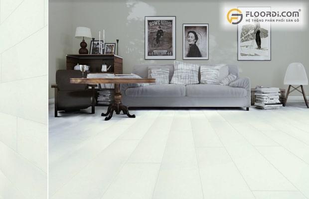 Cần giữ sự hài hòa giữa màu tường và sàn ván gỗ phòng khách