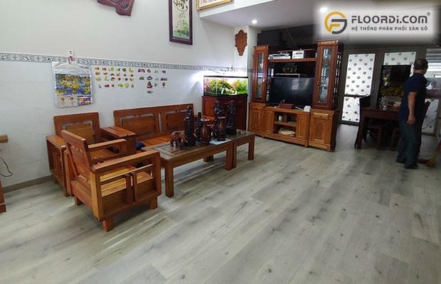 Phòng khách thêm phần nổi bật khi sử dụng ván sàn ốp lát