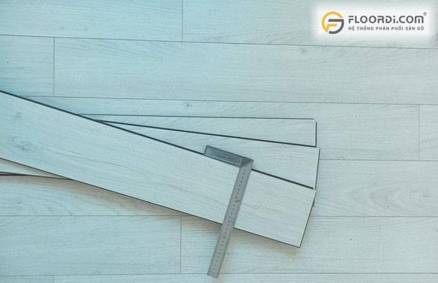 Các tấm ván có kích thước đồng đều sẽ tránh được hiện tượng sàn gỗ công nghiệp bị kêu