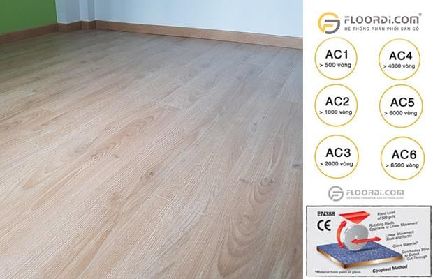 Thông số kỹ thuật AC & Class thể hiện khả năng chống mài mòn và chịu lực ở sàn gỗ